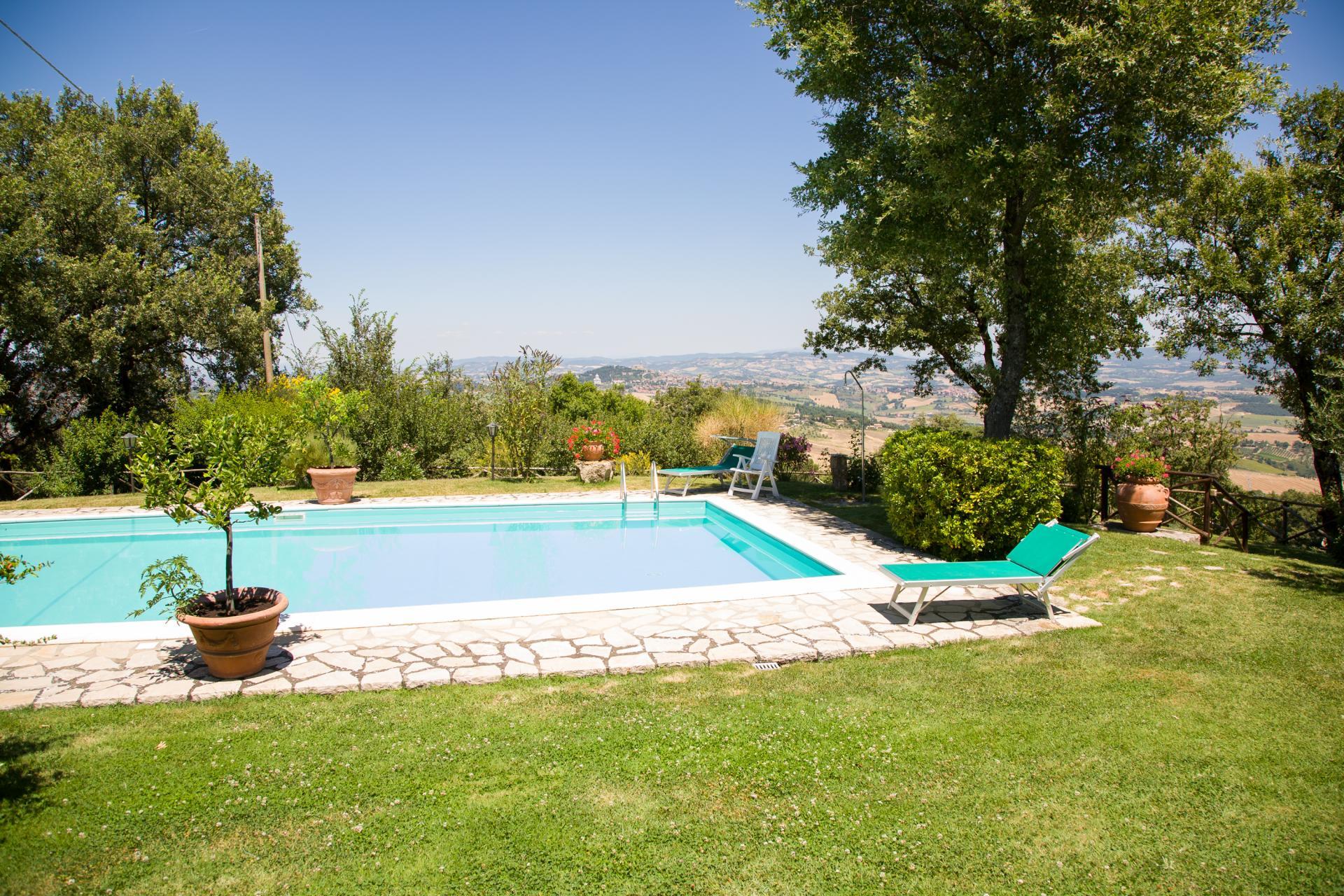 Outdoor Pool 1, La Colomba, Romazzano, Umbria.