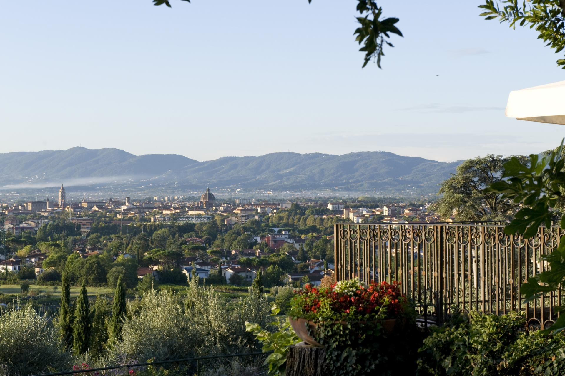 Views of Pistoia, Borgo Raffaello, Tuscany, Pistoia.
