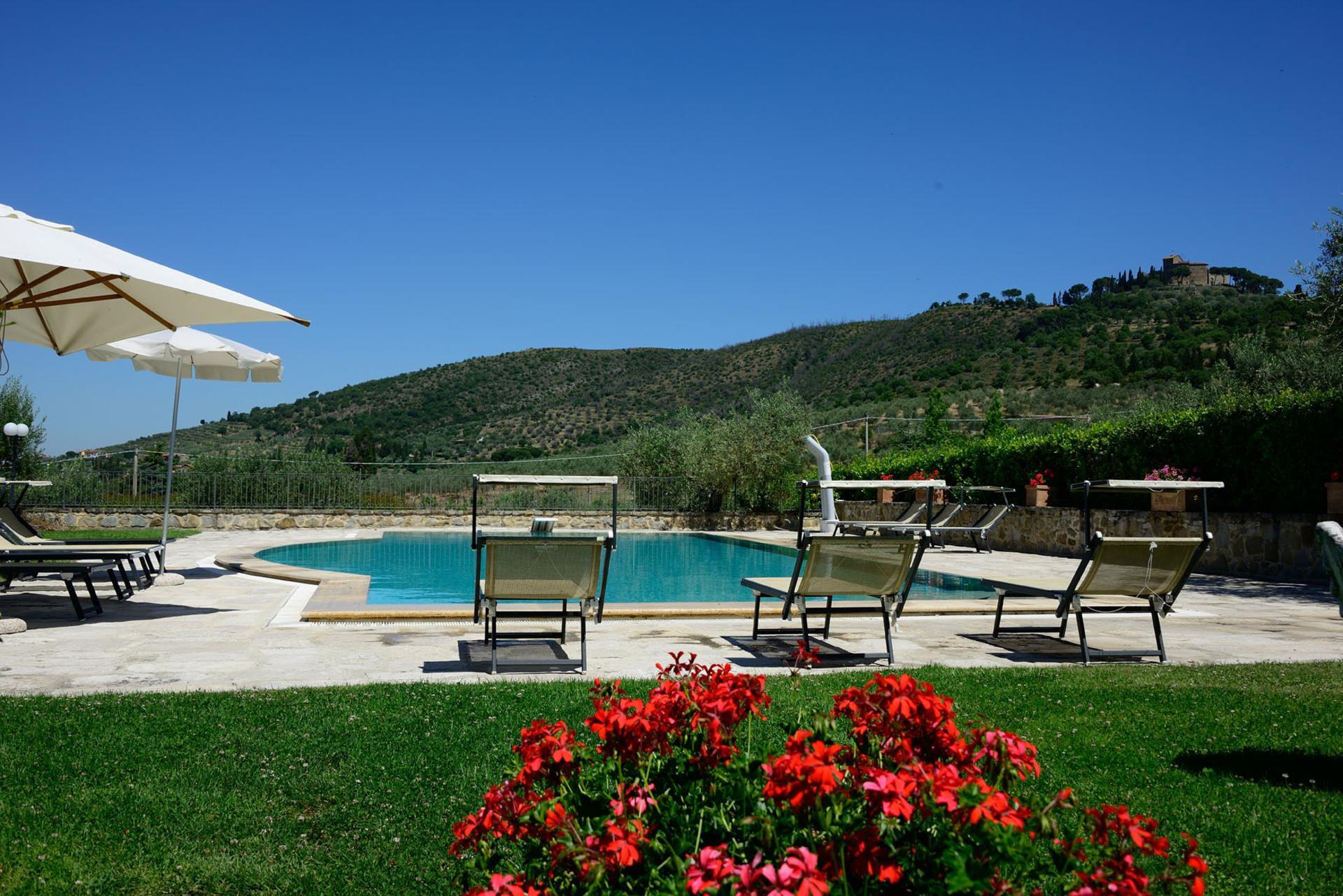 Outdoor Pool 4, Giulietta, Tuoro sul Trasimeno, Umbria.