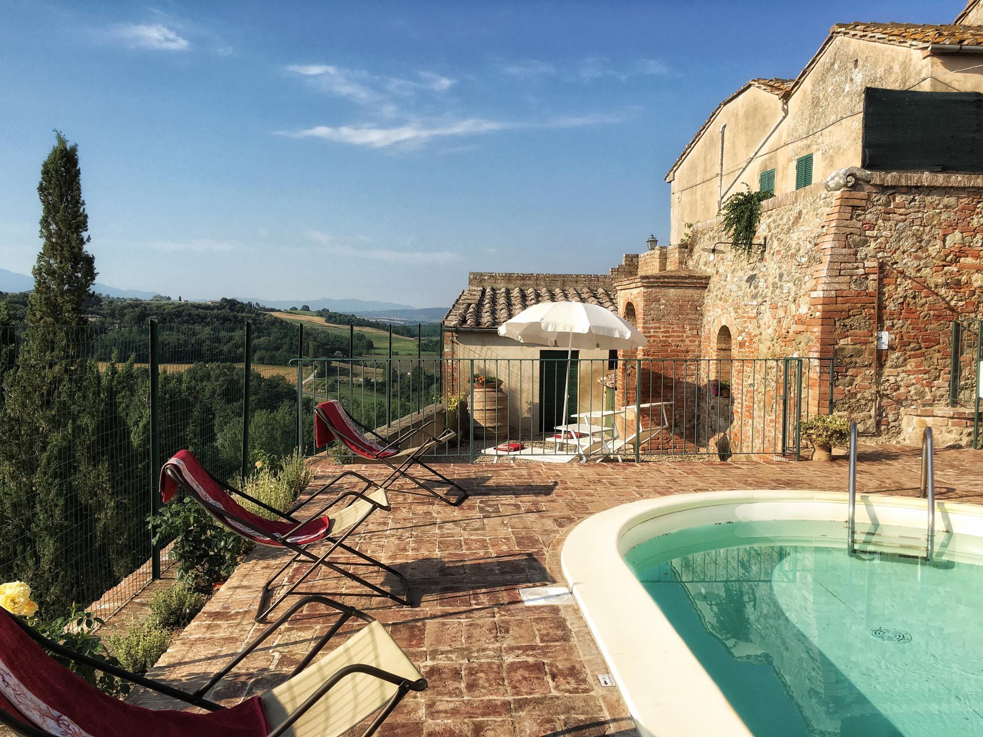 Outdoor pool 1, Casa Giovanni, Tuscany, San Giovanni d'Asso.