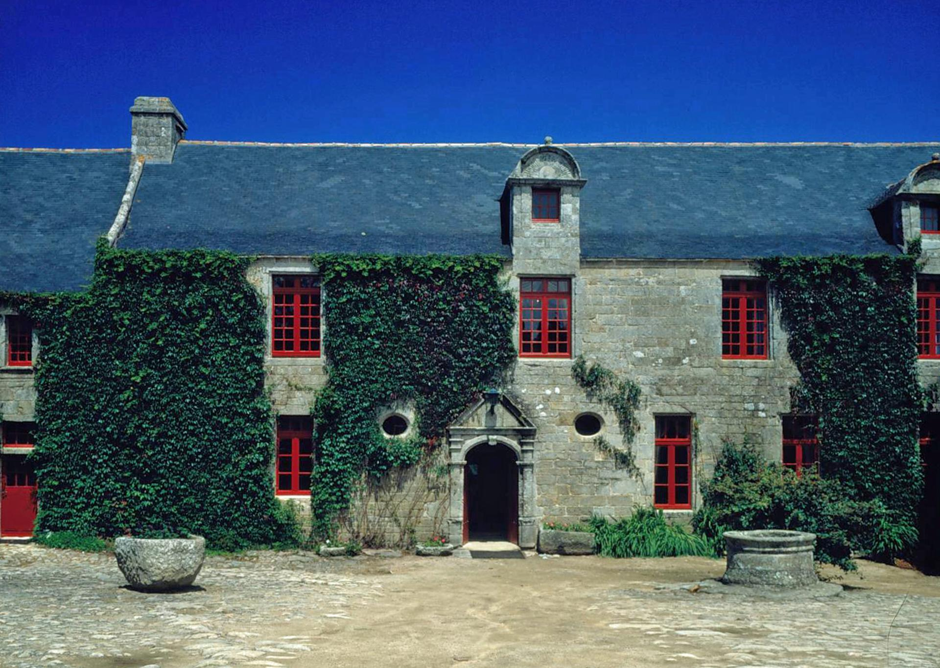 Villa exterior 1, Breton Manor House, Brittany, Audierne.