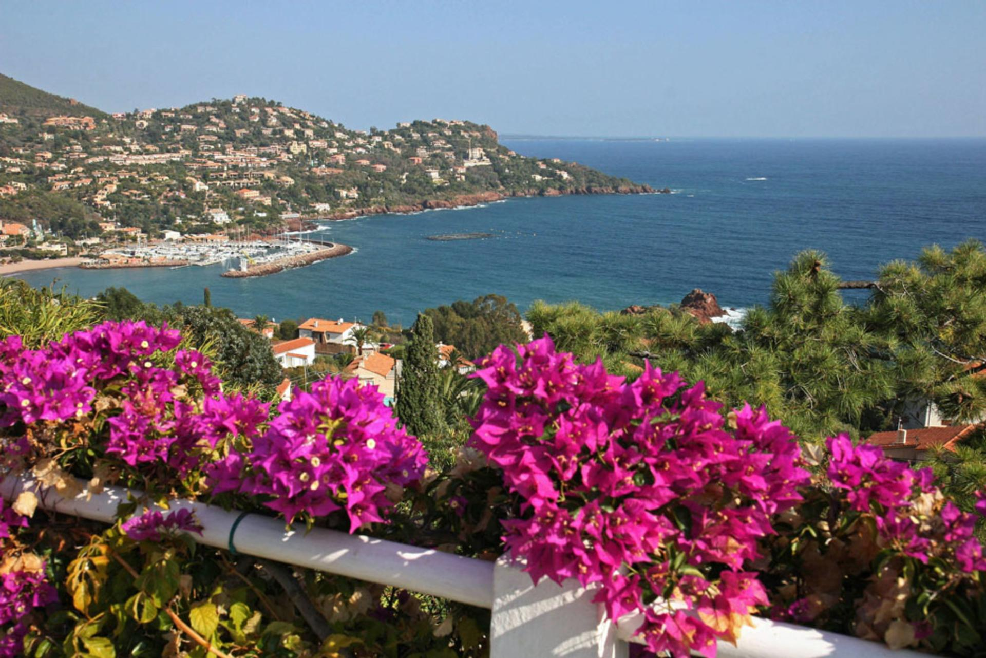 Villa Sea Views, L'Oursin, Le Trayas, Cote d'Azur.
