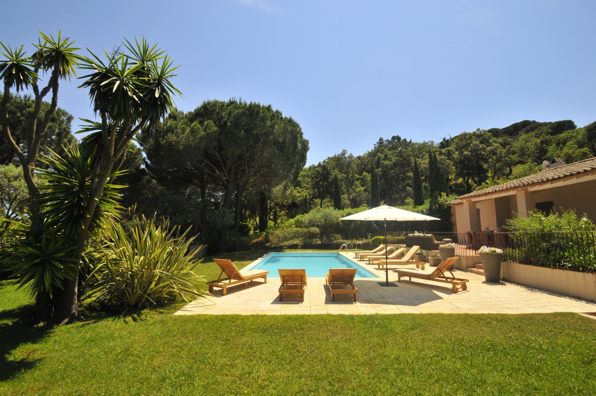 Pool and Grounds , La Maison Des Vignes, Ramatuelle, St Tropez Var.