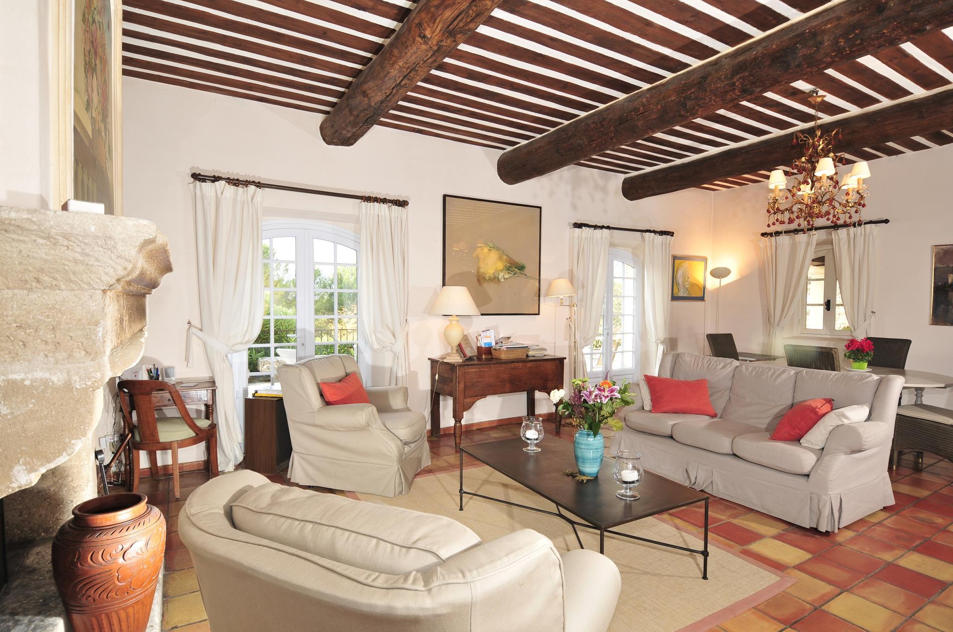 Lounge, Fleur de Gordes, Gordes, Provence.