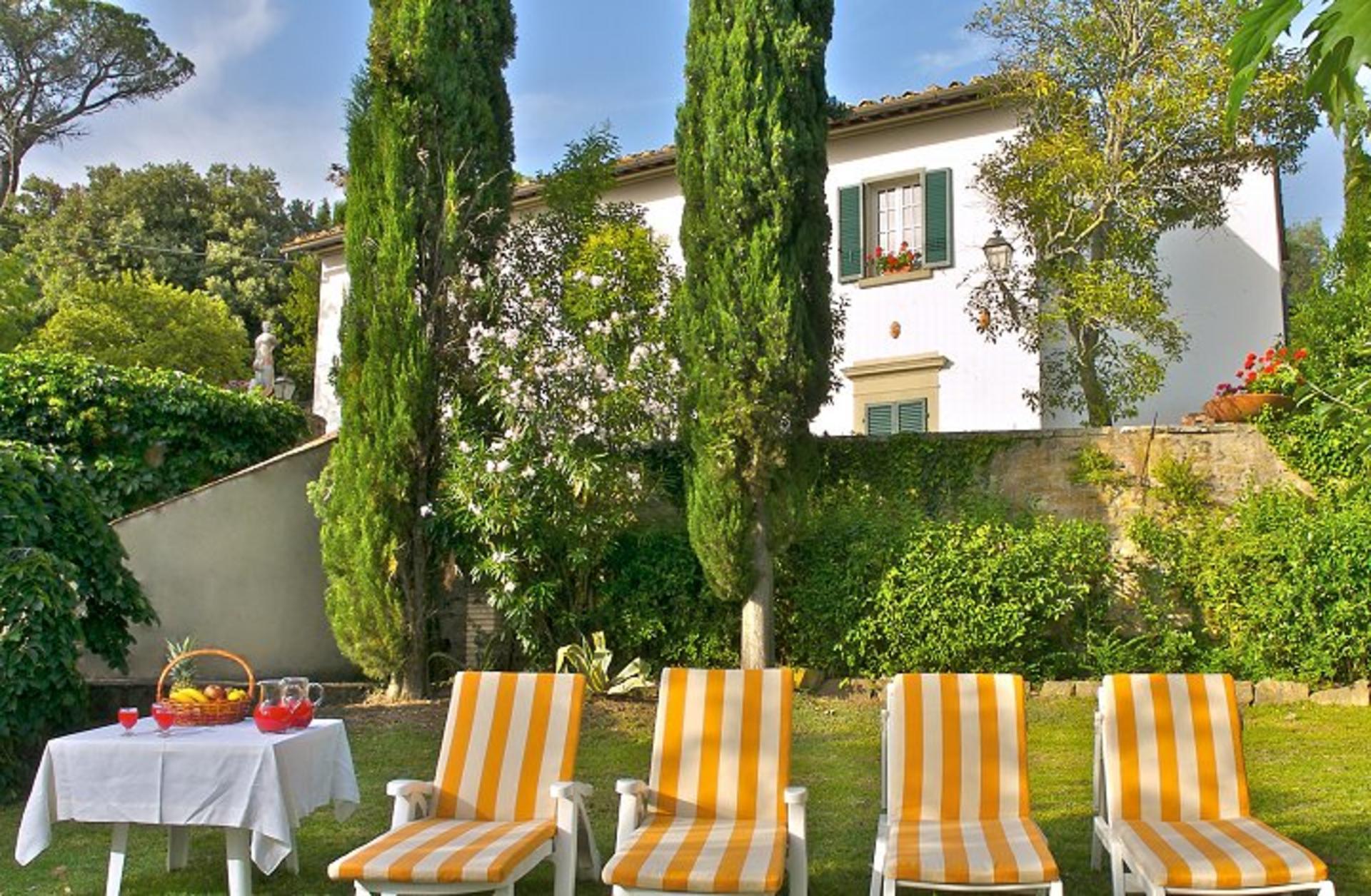 Cortona pool Tuscan villa