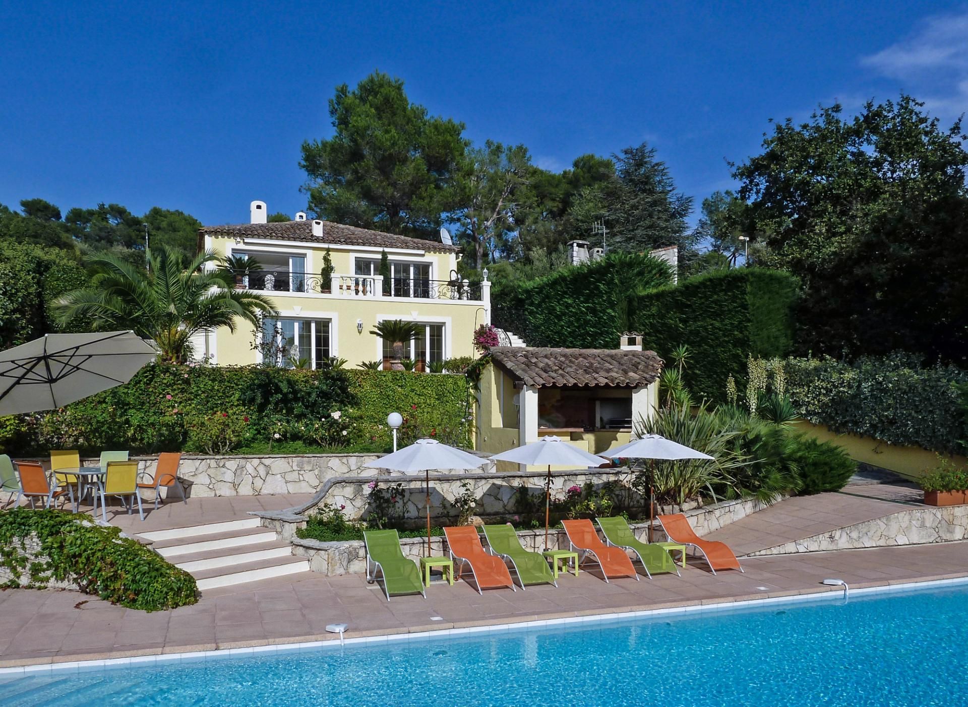 stunning property on the cote d'azur