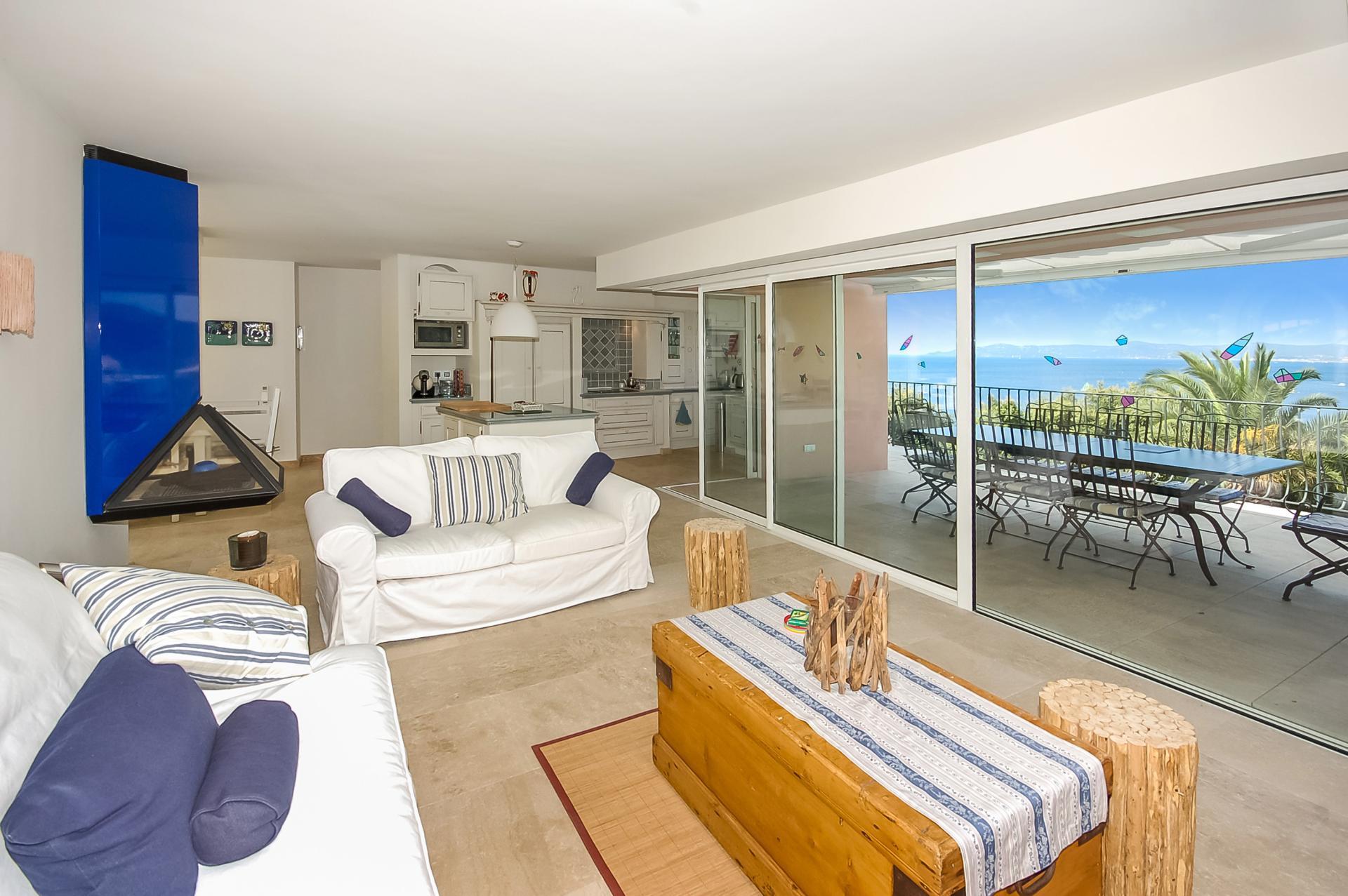 Living Room, La Grande Baie, Cavaliere, St Tropez Var.