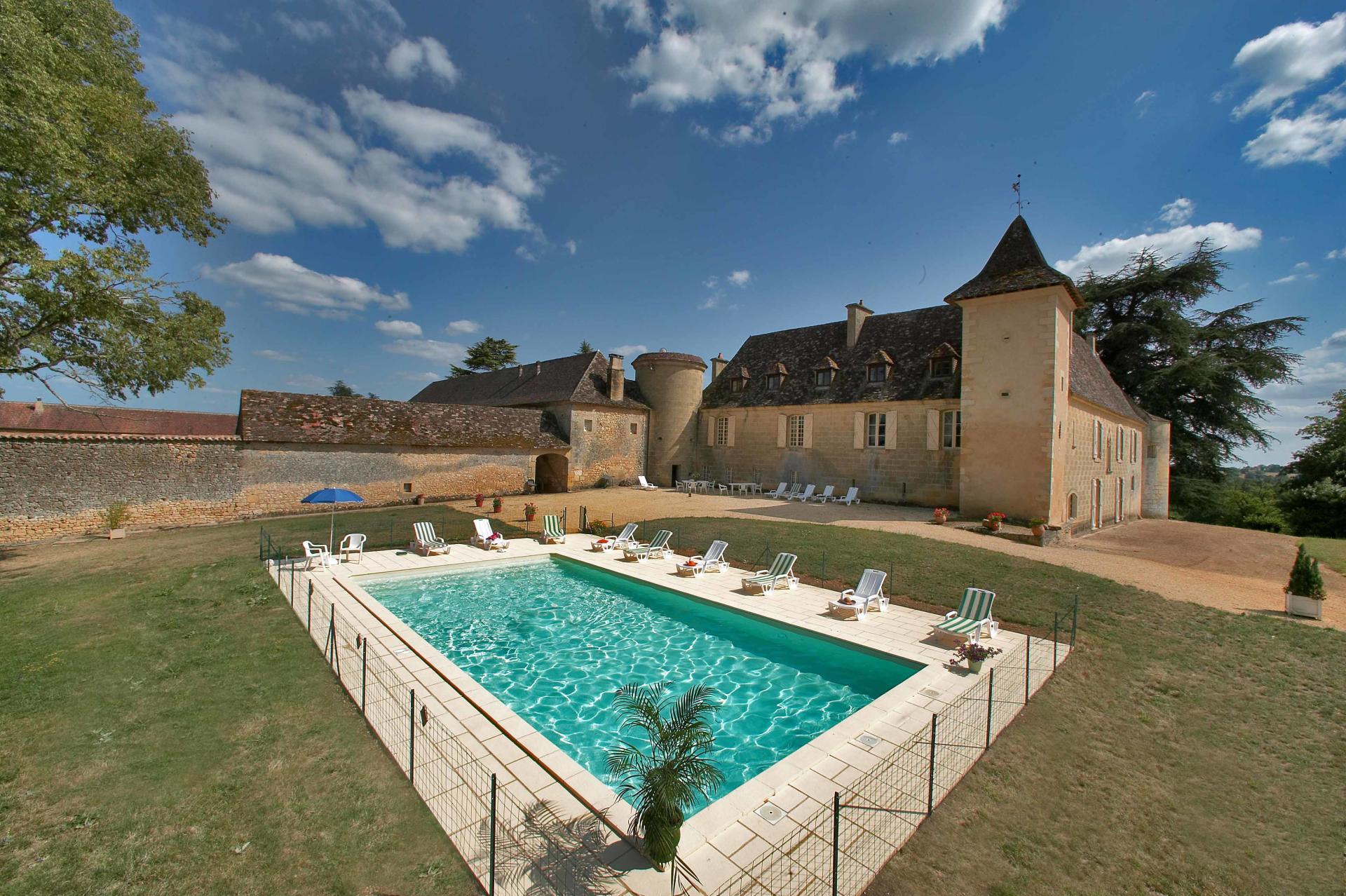 Outdoor Pool 1, Chateau de Cardoux, Dordogne, Lalinde.