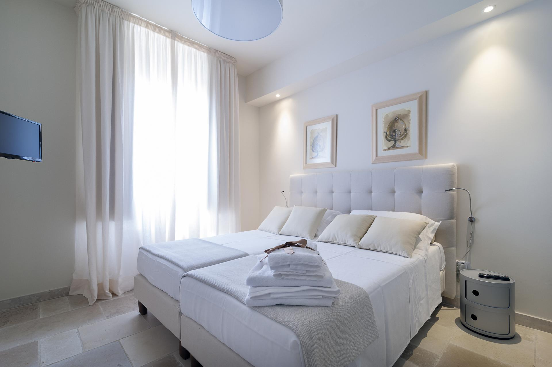 Bedroom 1, Idomenea, Gallipoli, Puglia.