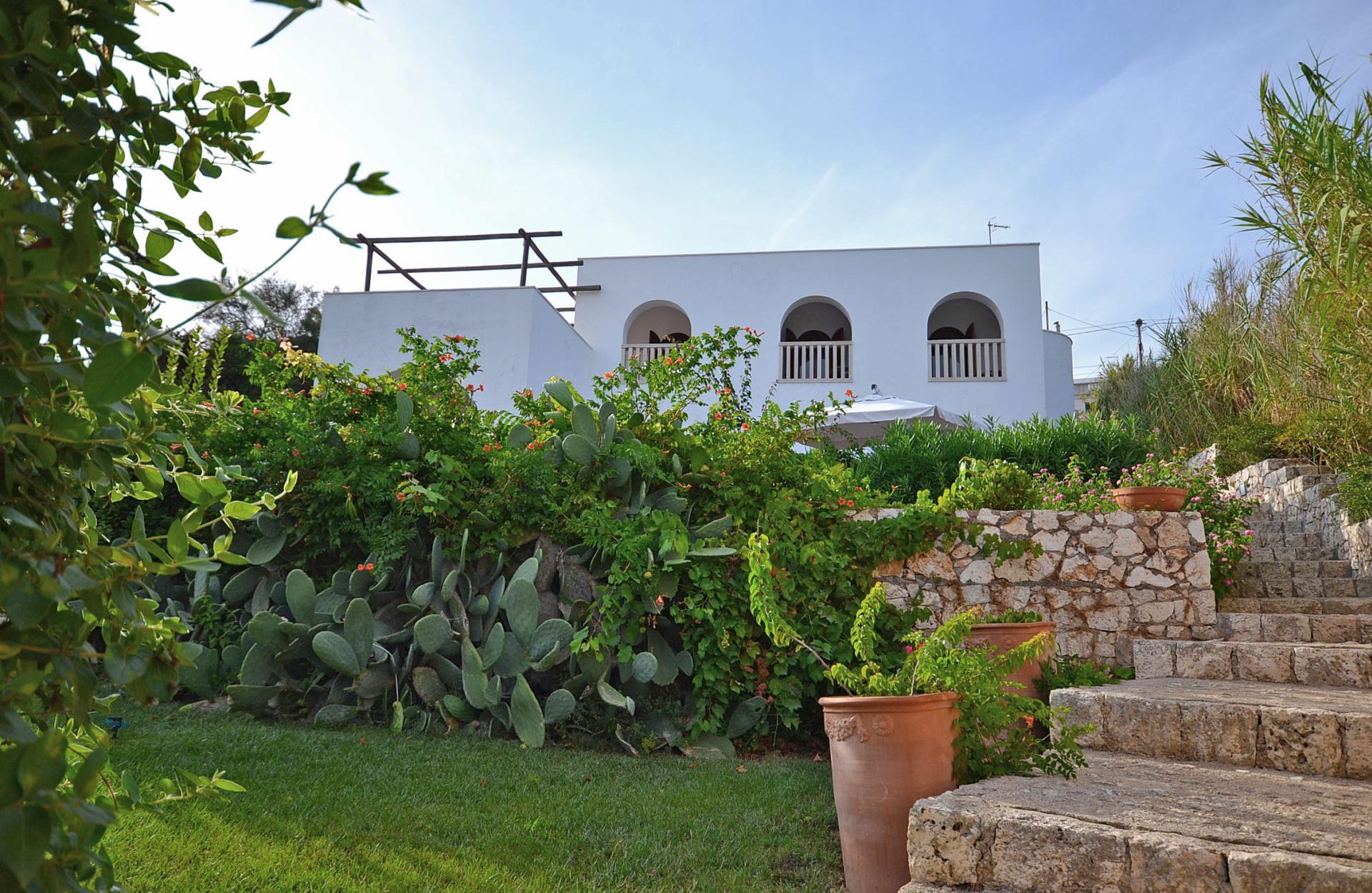 seafront Apulian villa