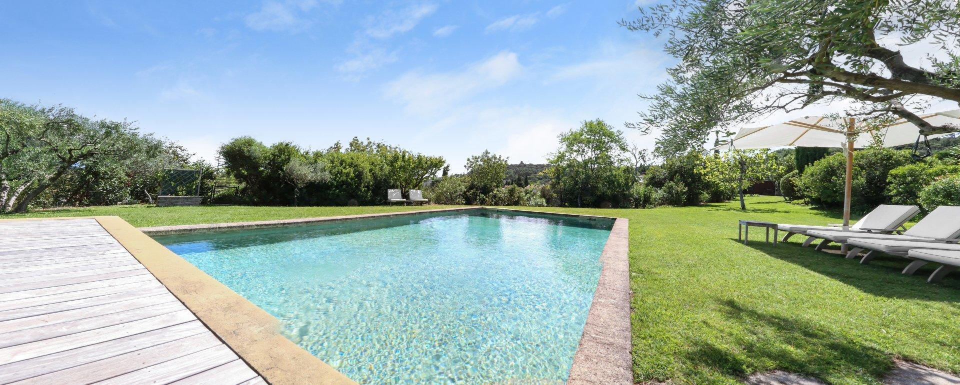 Douceur Provencale   Avignon   Provence   Quality Villas