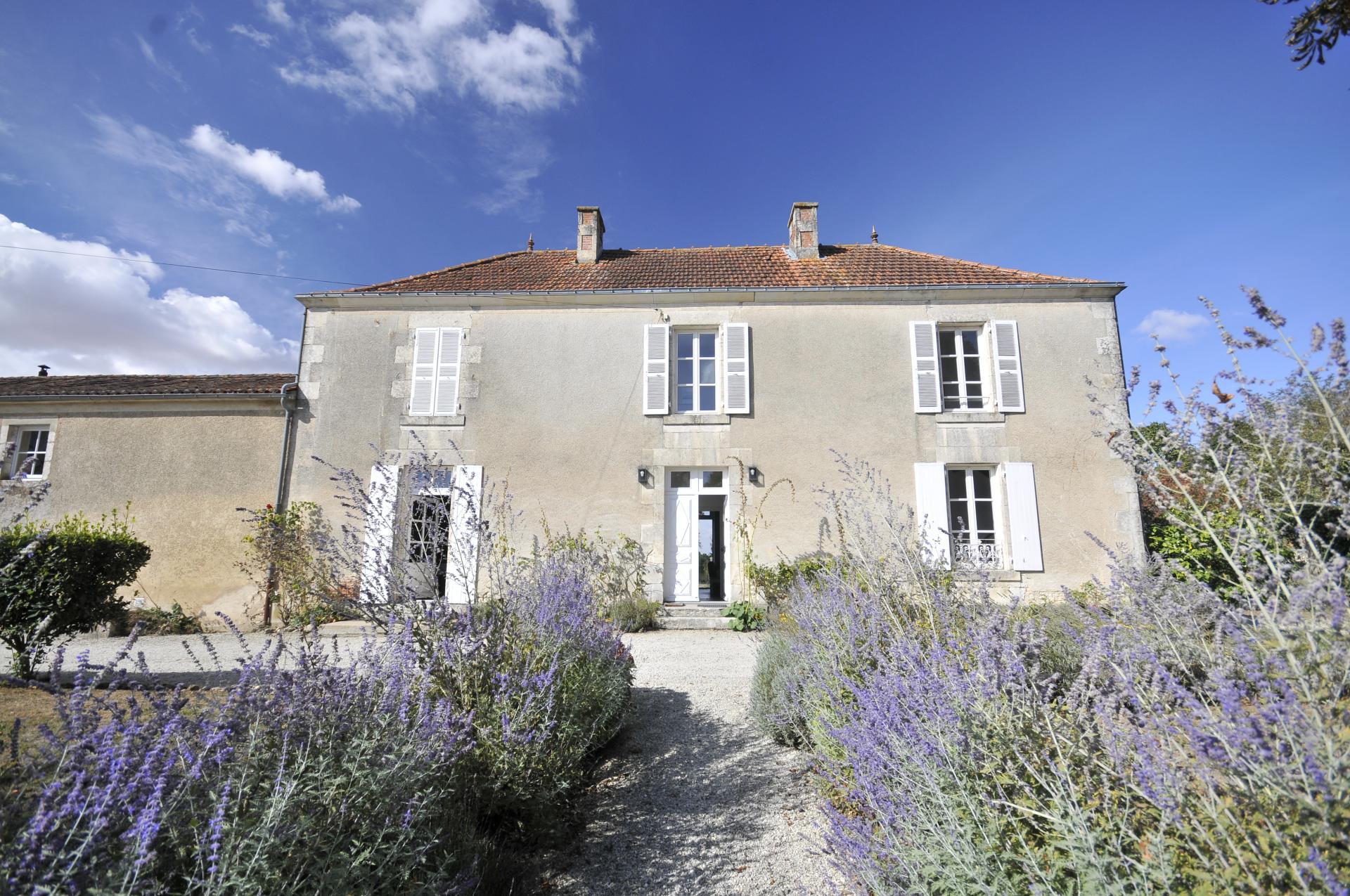 Villa Exterior, Ferme Verger, Fontenay le Comte, Vendee Charente.