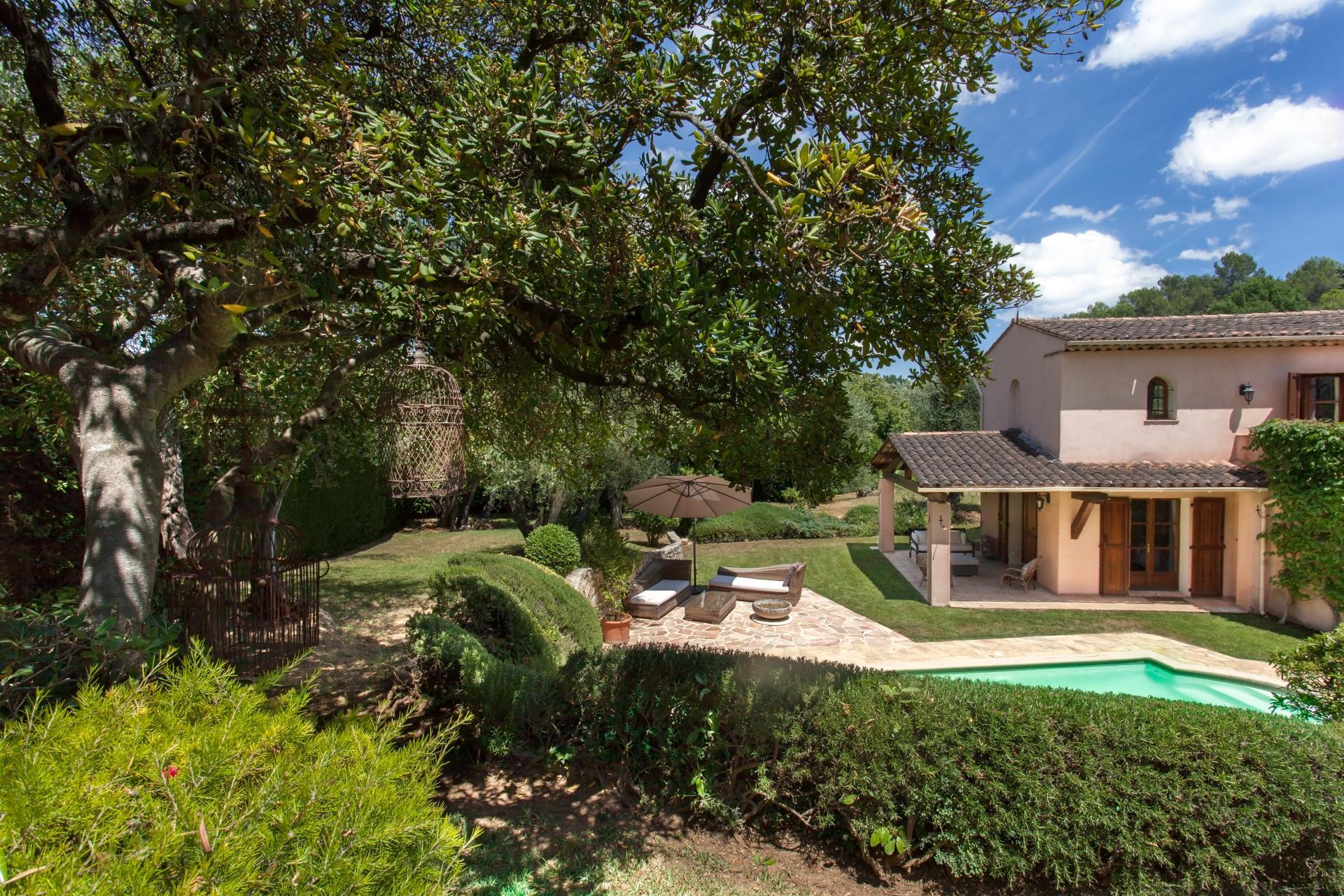 Valbonne villa with private pool
