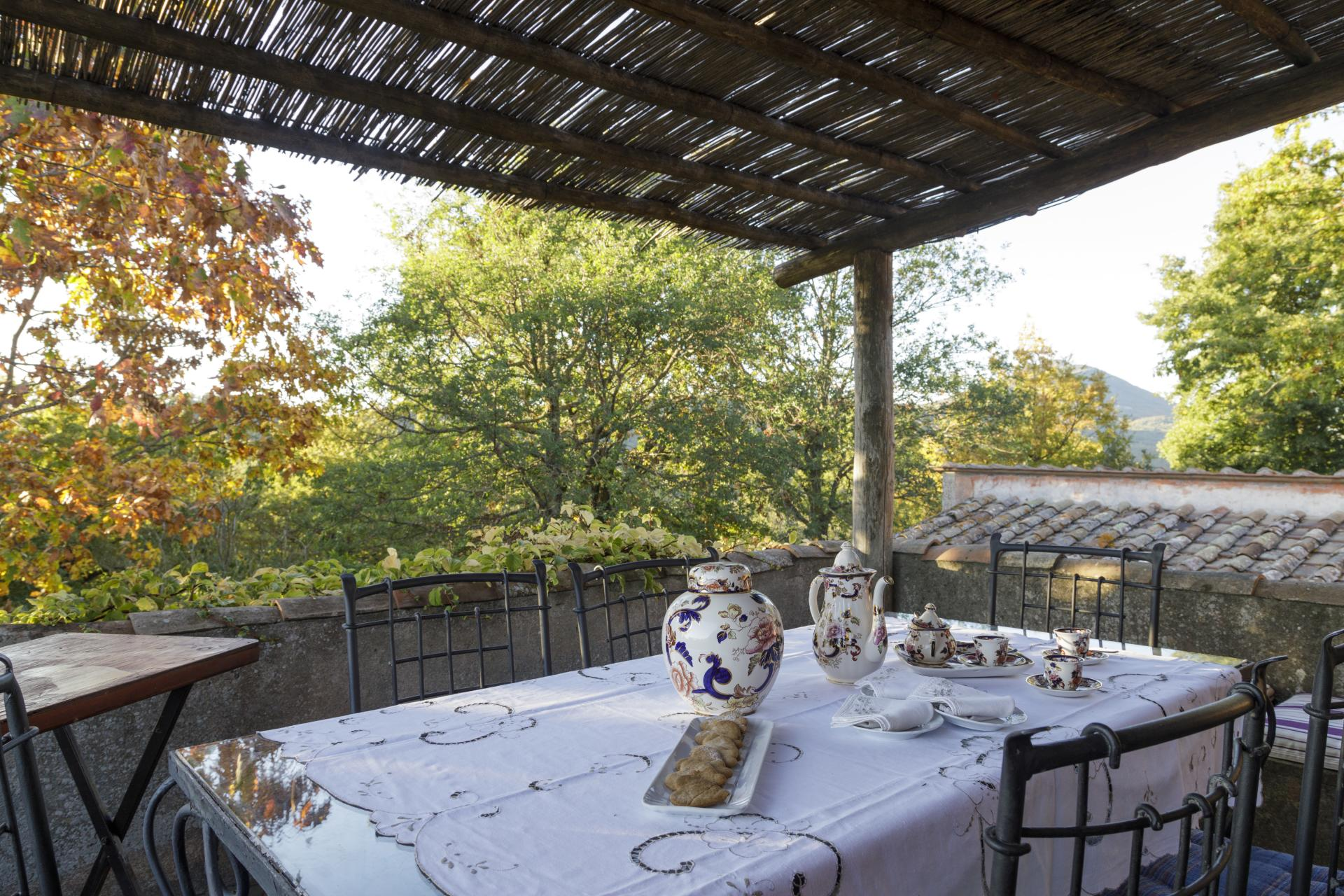 Tuscany Siena Acquachiara outdoor dining