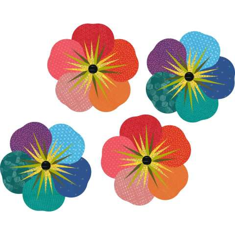"Impatiens • 18"" Diameter $70.00 Fabric Only Sale: $93.63 ($101.50) Kit with Pattern"