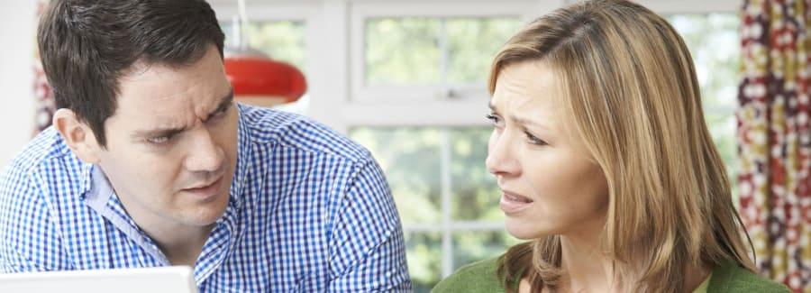 worried-couple_71823760-1600x1600-1