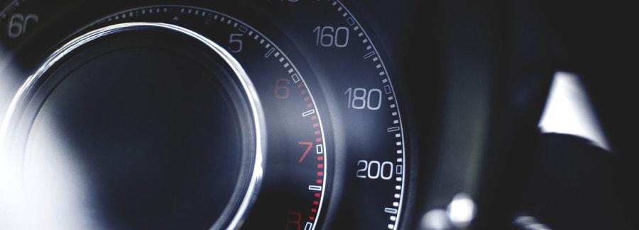 car-933239_1280-1600x1600