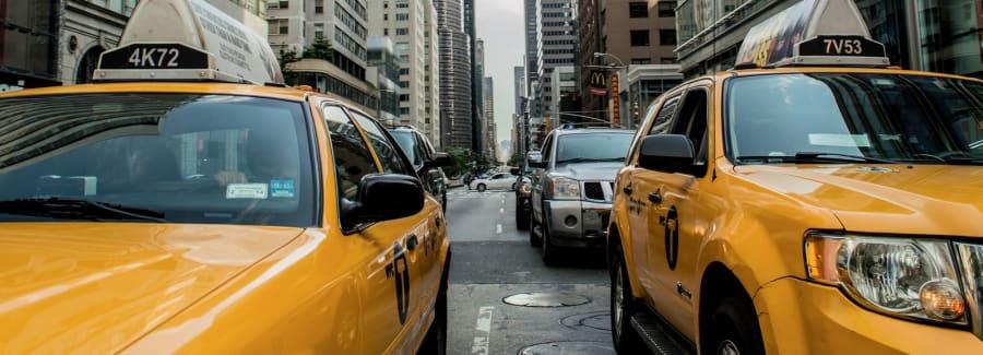 taxi-cab-381233_1920-1600x1600