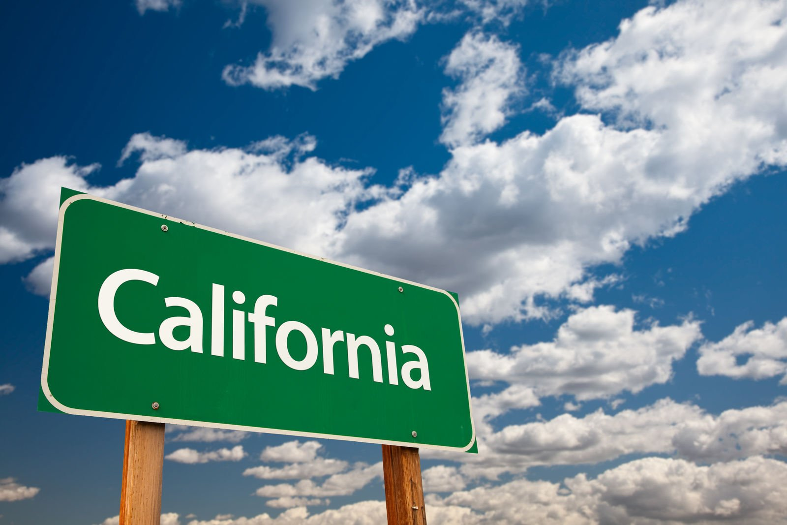 What are the No Deductible Glass coverage laws in California?