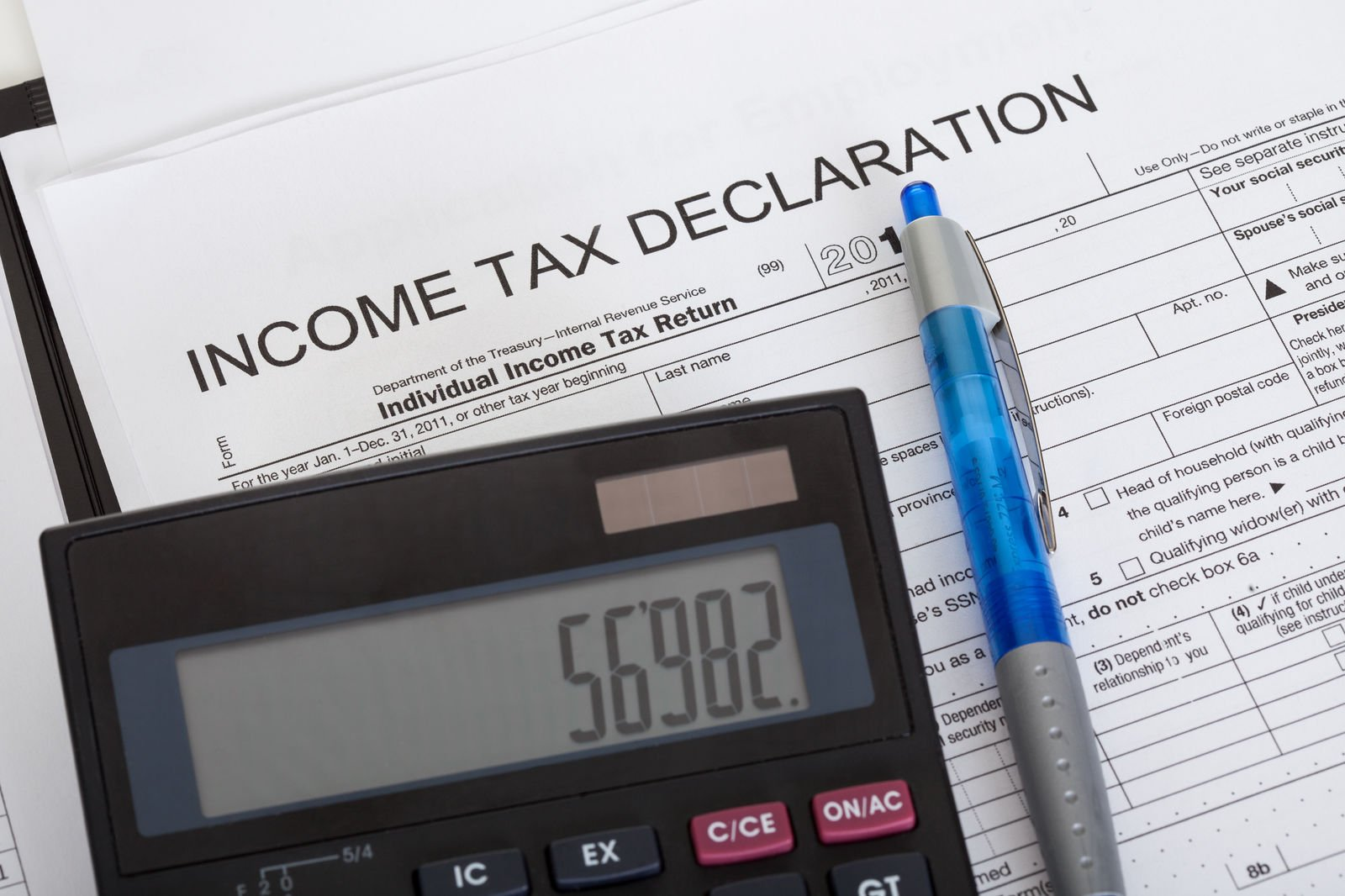 Are car insurance premiums tax deductible?