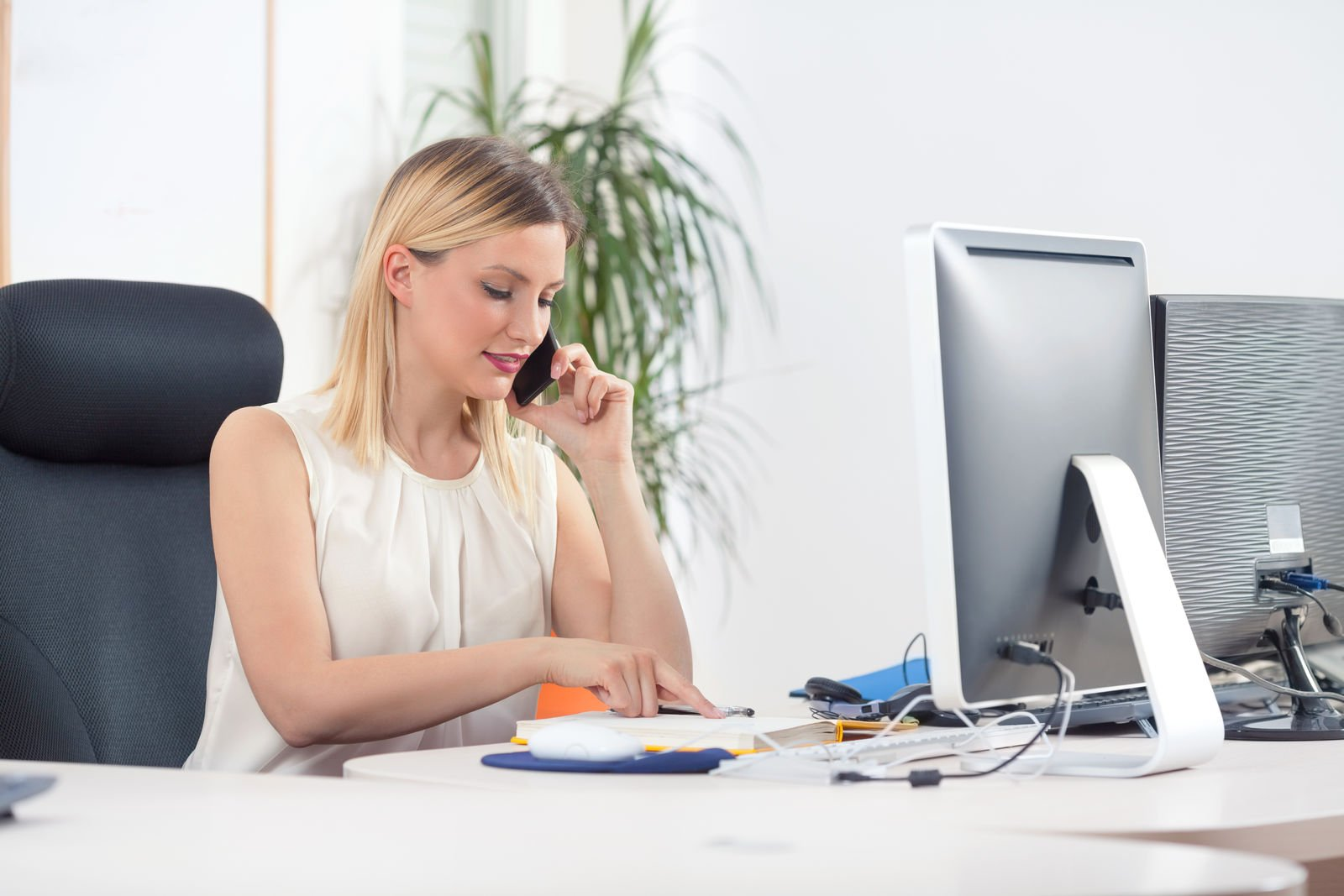 How much commission do car insurance agents make?
