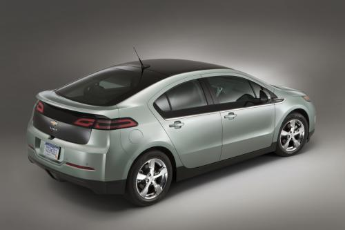 Despite missing targets on high-profile models like the Volt, GM is one again top dog.
