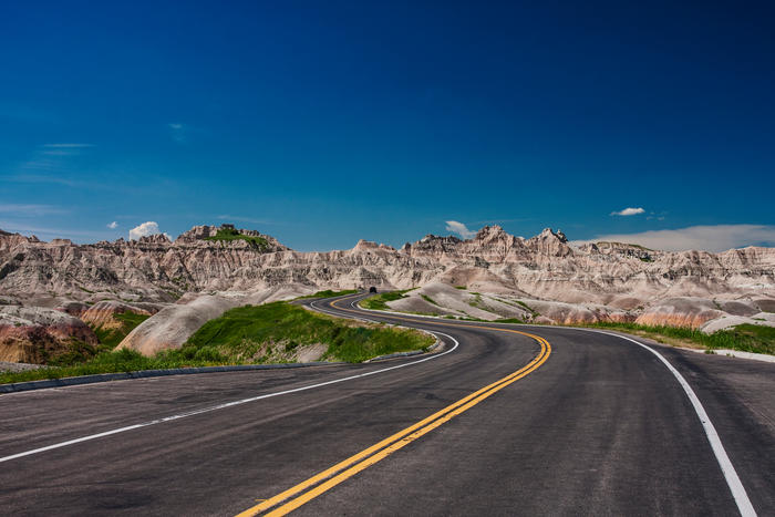 Badlands, North Dakota, driving through the rock formations of badlands national park
