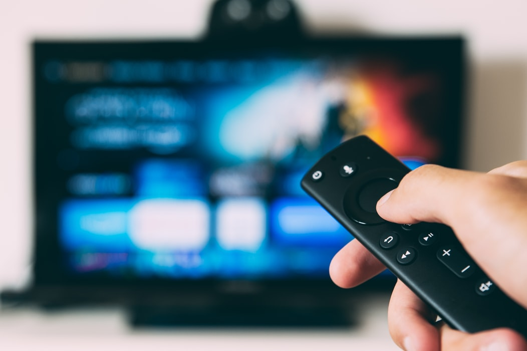 changing channels with remote on smart tv
