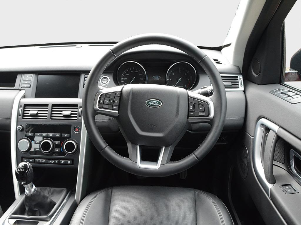land rover discovery sport diesel sw 2 0 ed4 pure 5dr 2wd 5 seat go green leasing. Black Bedroom Furniture Sets. Home Design Ideas