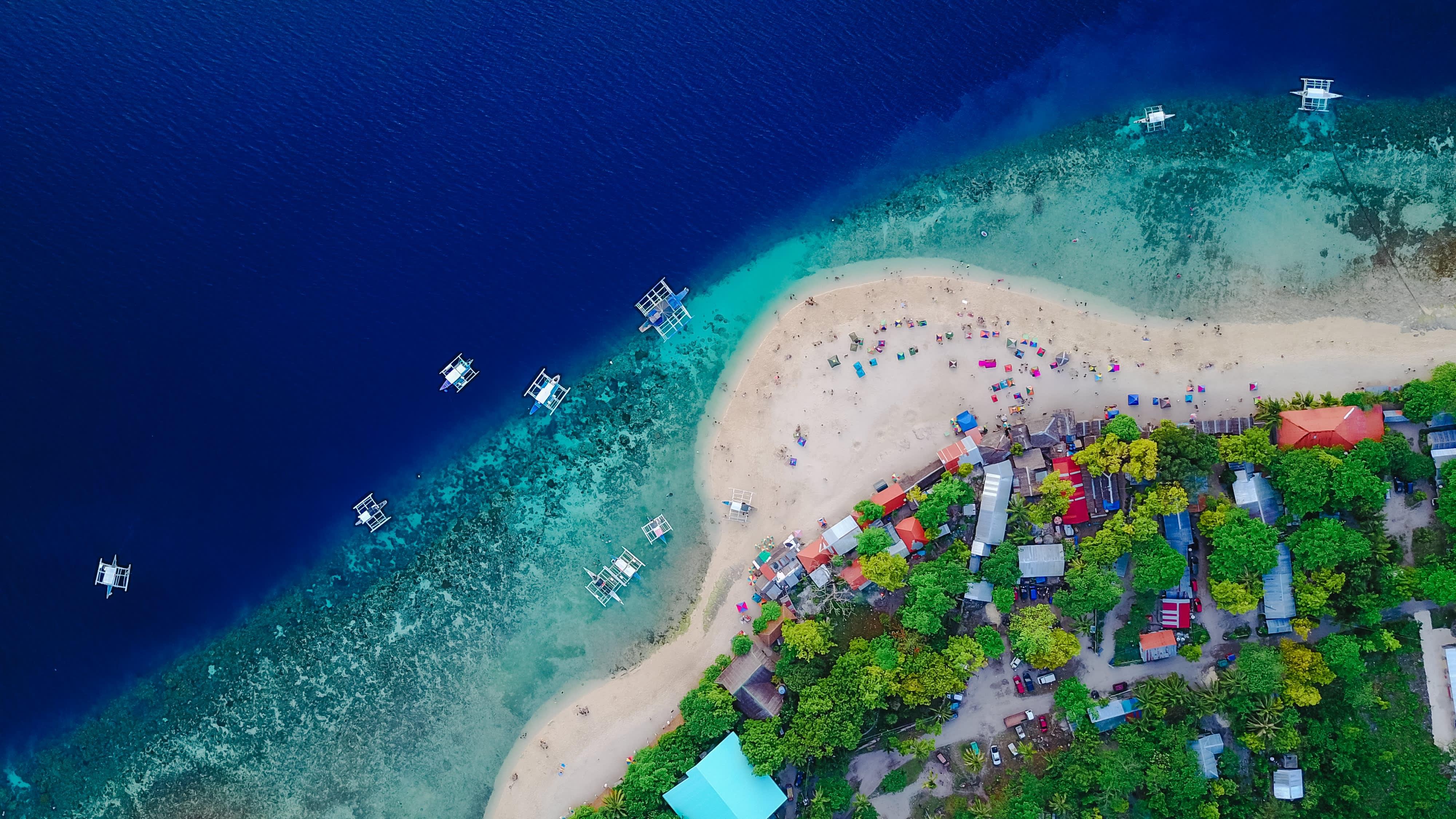 aerial-asia-beach-584302