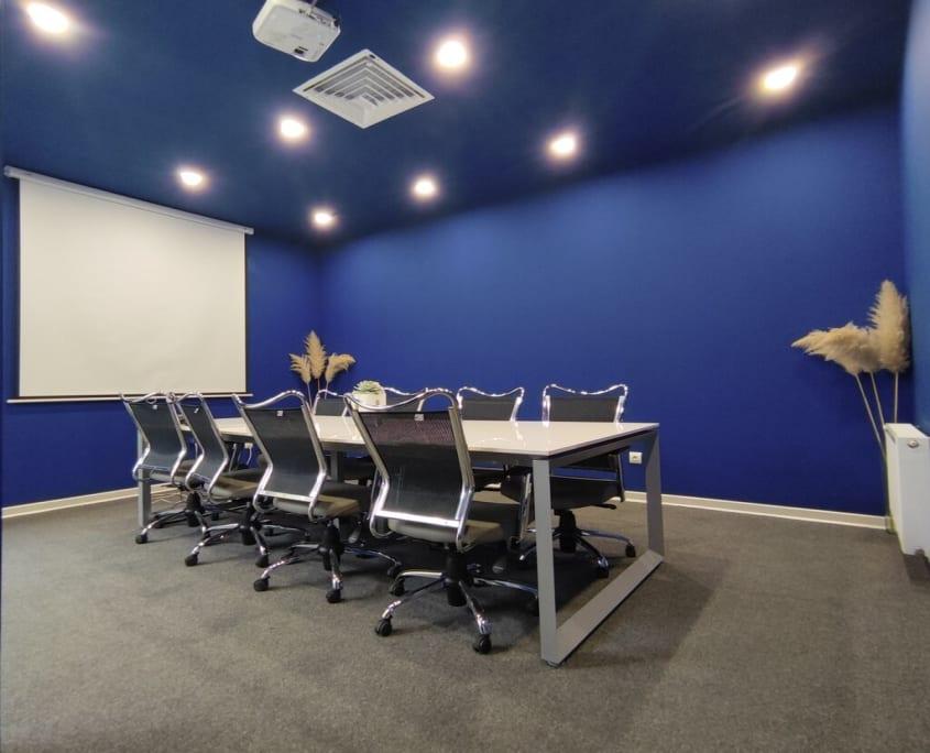 اتاق جلسه و کنفرانس در فضای کار اشتراکی رابینکس