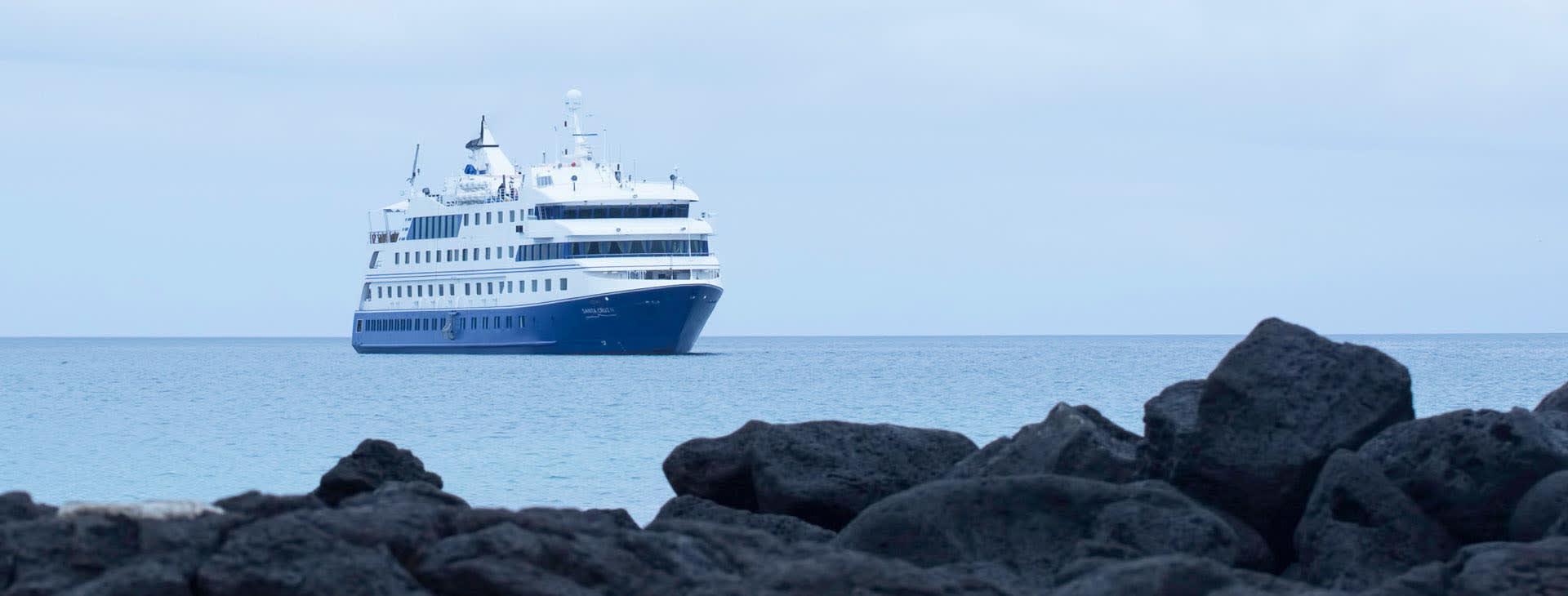 Galapagos Santa Cruz Ship