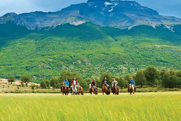 horse back riding patagonia