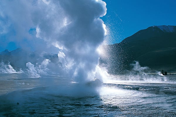 Geysers Atacama Erupting