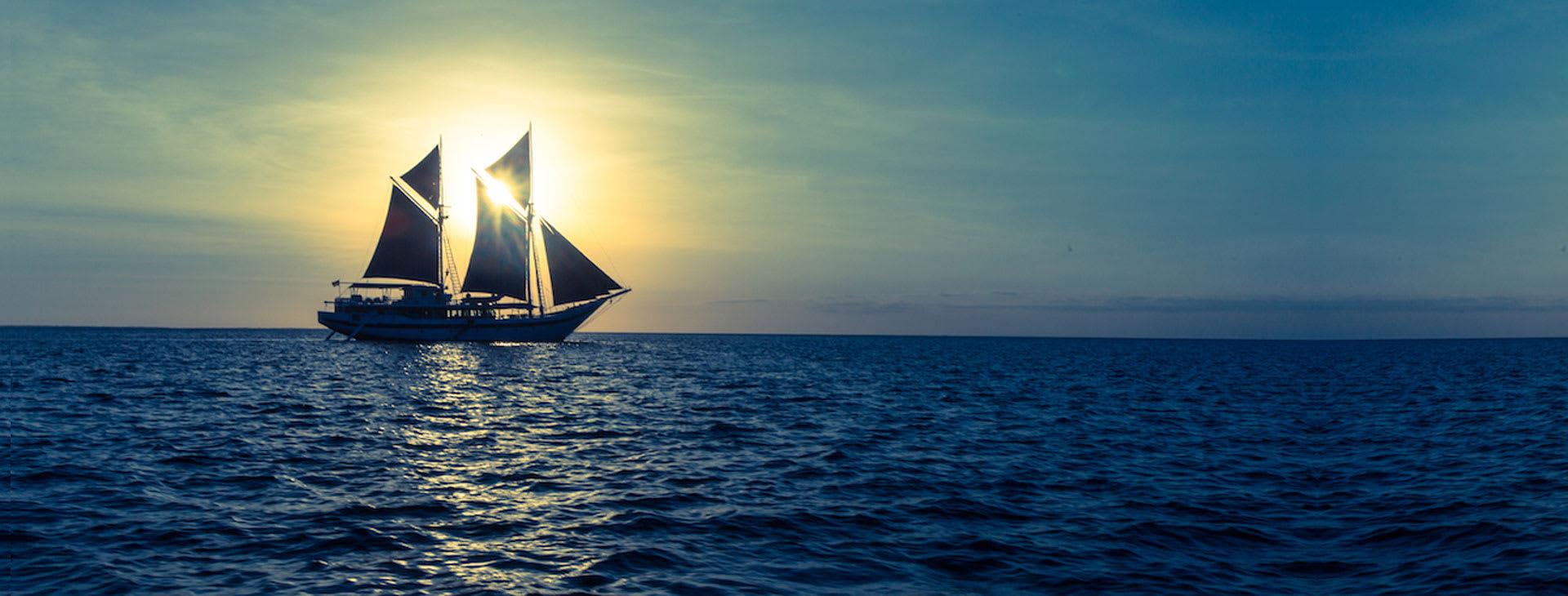 Ombak Putih sailing