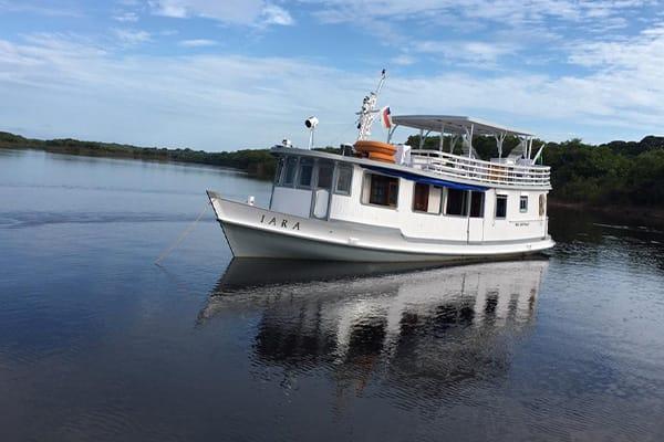 Iara boat in the amazon