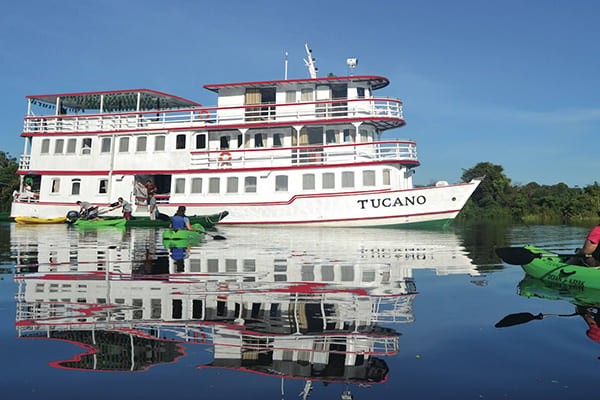 Tucano Boat Embarkation
