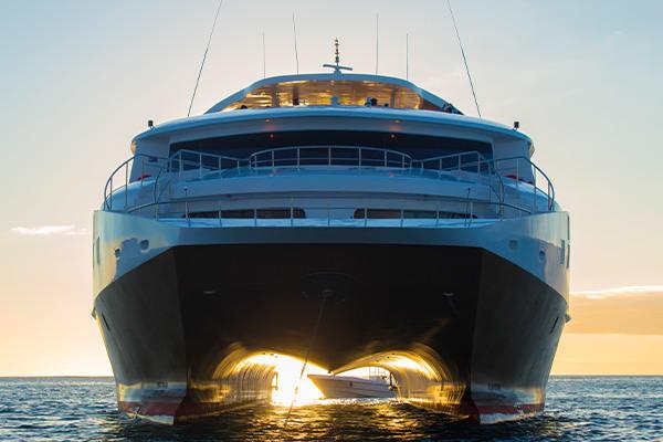 luxury elite galapagos boat
