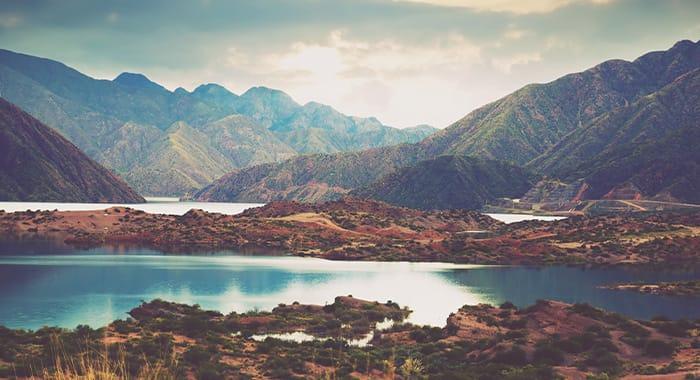 Mendoza Lakes and Mountains