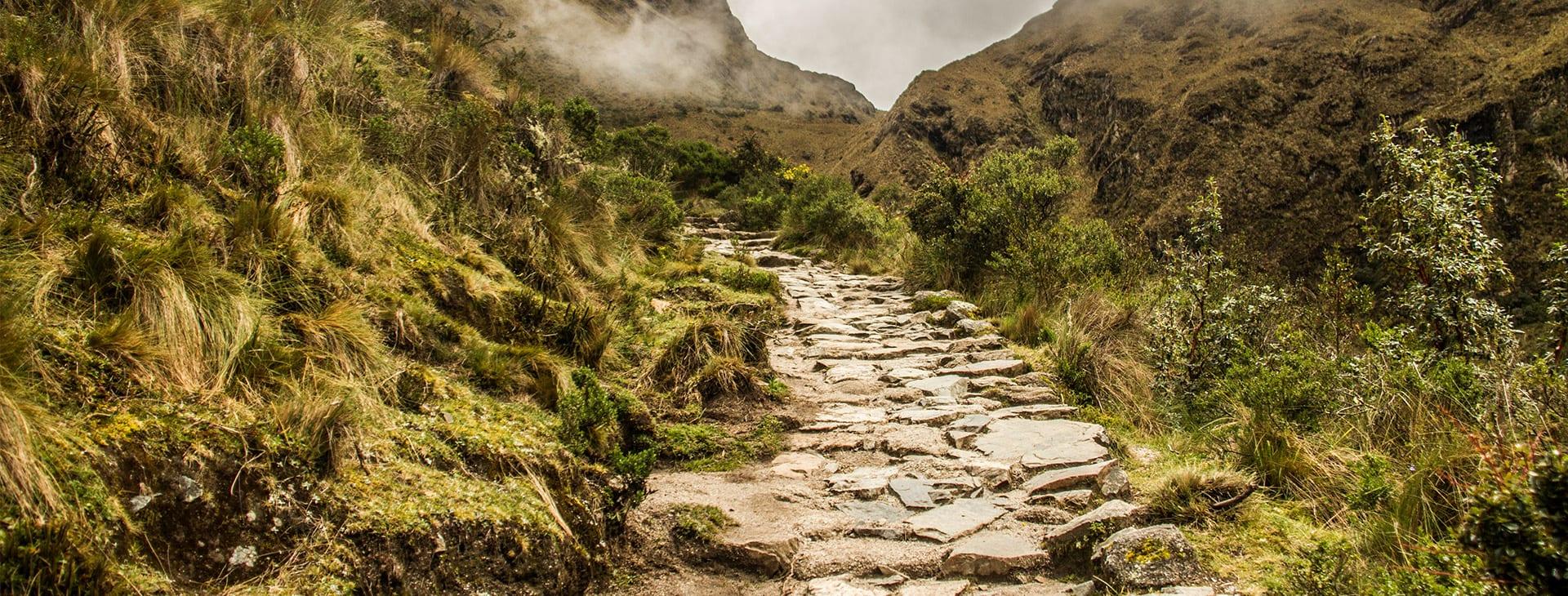 woman hiking the inca trail