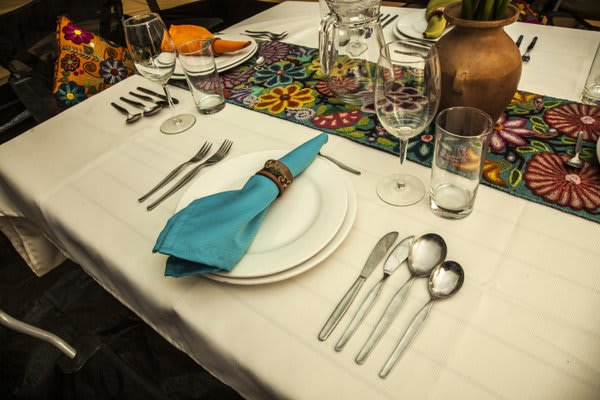 dining arrangement on table inca trail