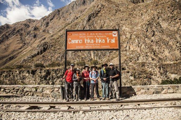 Peoople at start of inca trail