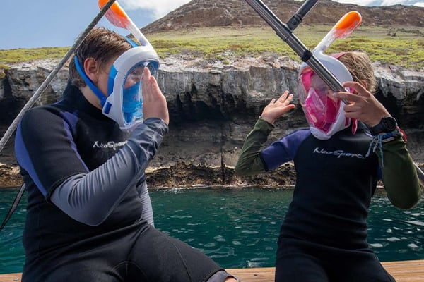kids preparing to snorkel