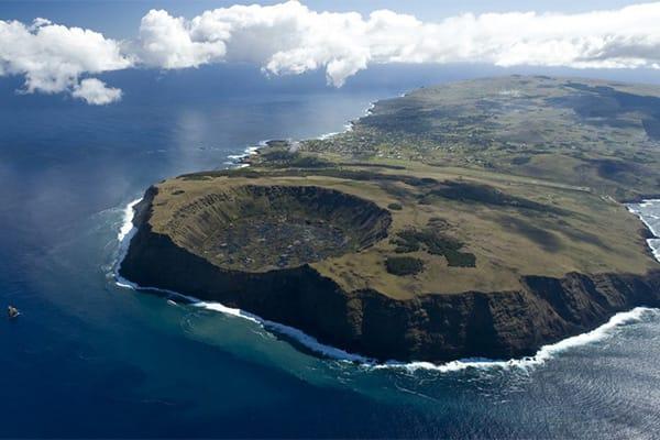 Flying into Rapa Nui