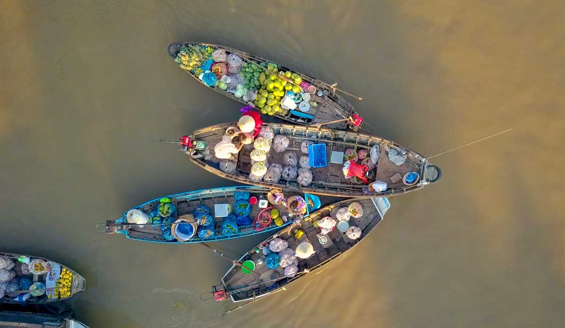Aerial view of vendors' boats