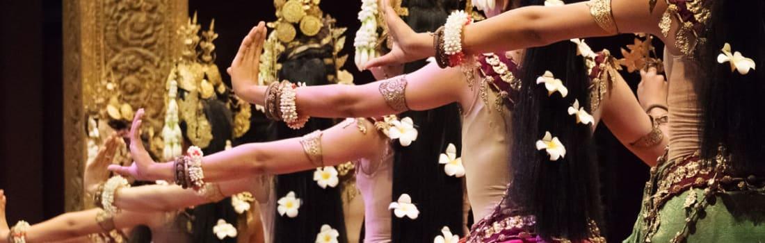 Traditional Khmer dancers