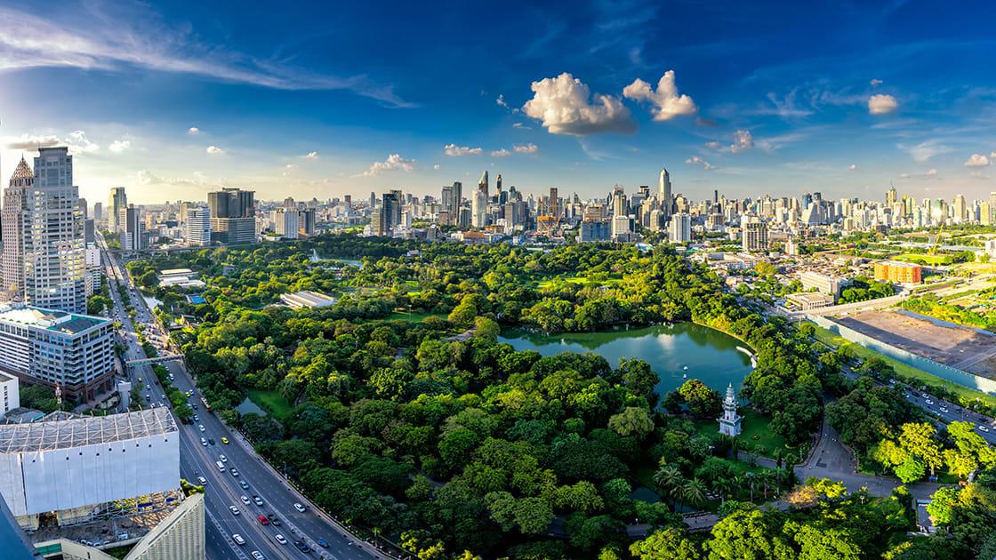 panoramic view lumpini park