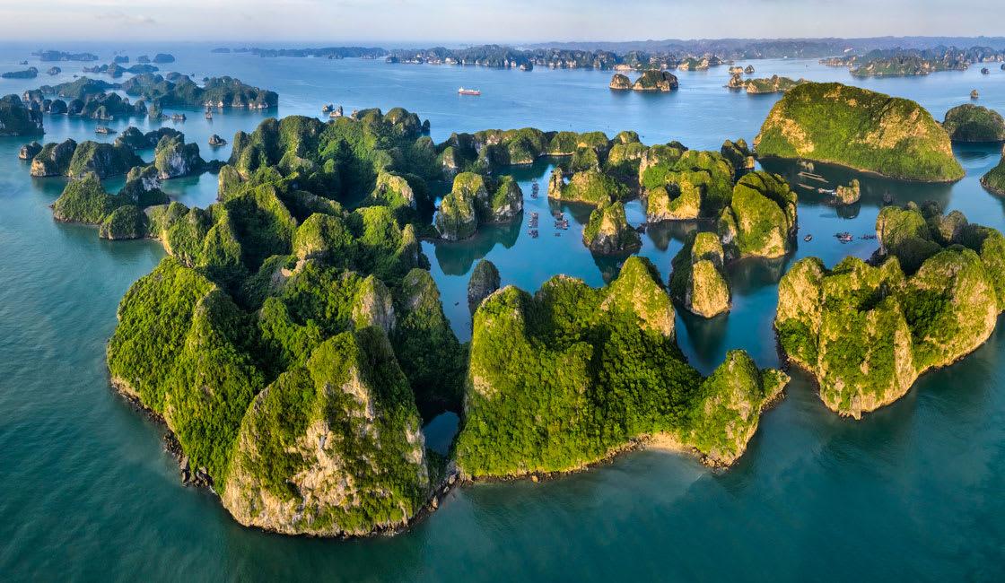 Hidden coral beaches Cat Ba Island