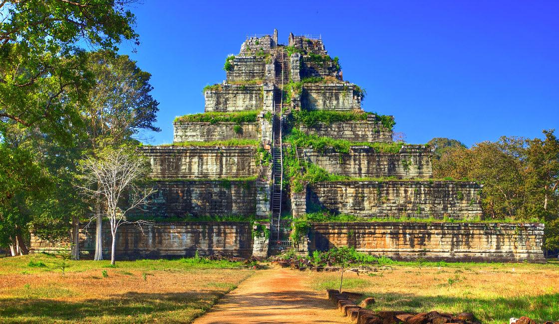 koh ker temple in cambodia