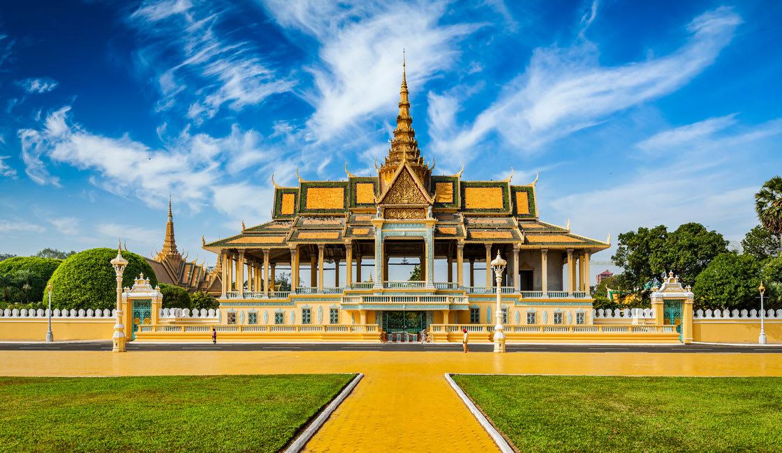 temple at phnom penh